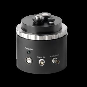 Kalibrator niskich częstotliwości model 42AE