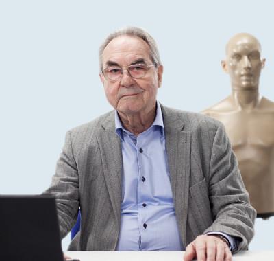 Legendarny założyciel firmy G.R.A.S. skończył 90 lat!