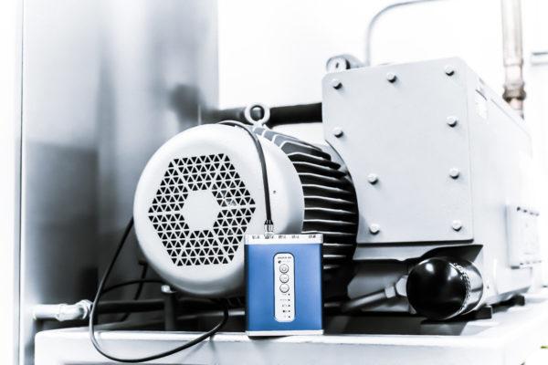 Dynamiczny analizator sygnałów i rejestrator danych Spider-20