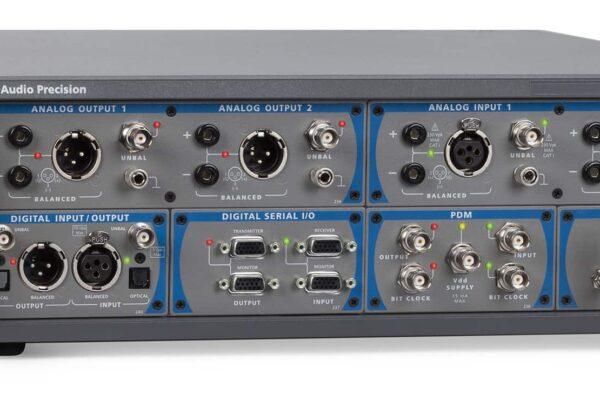 Dwukanałowy i czterokanałowy analizator APx52x B